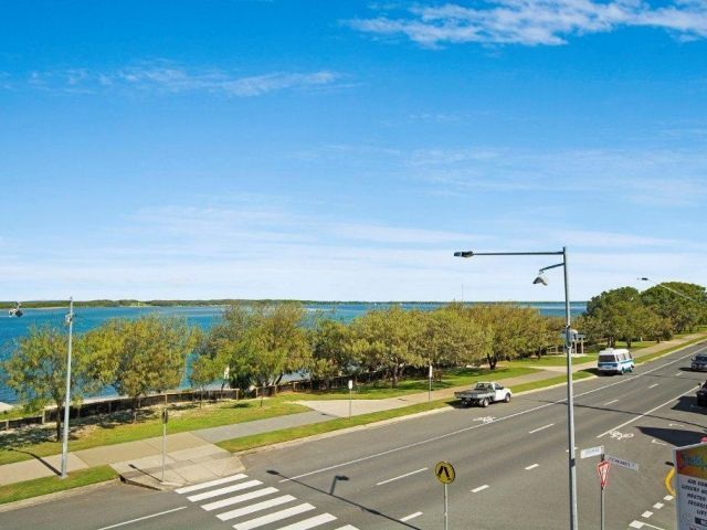 2bed-beachfront-apartment-caloundra (14).jpg