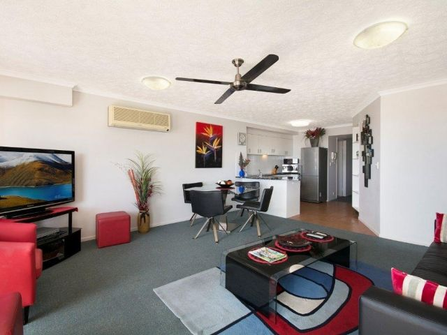 2bed-beachfront-apartment-caloundra (4).jpg