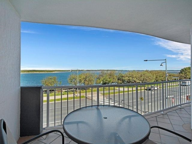 2bed-beachfront-accommodation (11).jpg