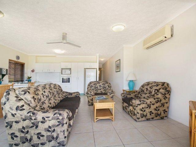 2bed-beachfront-accommodation (6).jpg