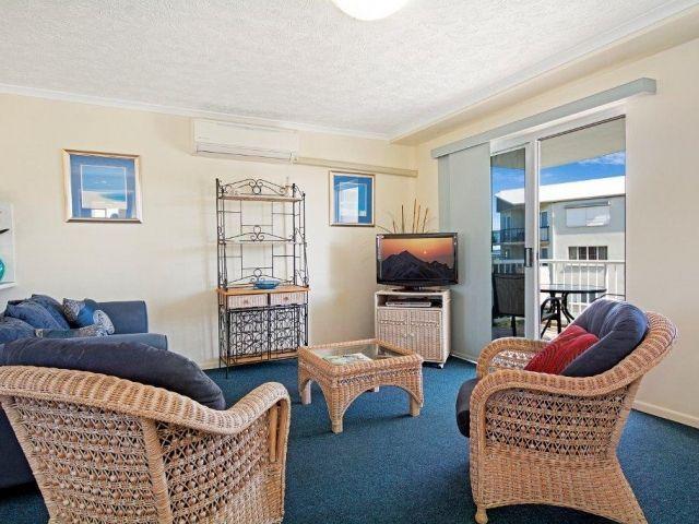 2bed-apartment-beachfront (11).jpg