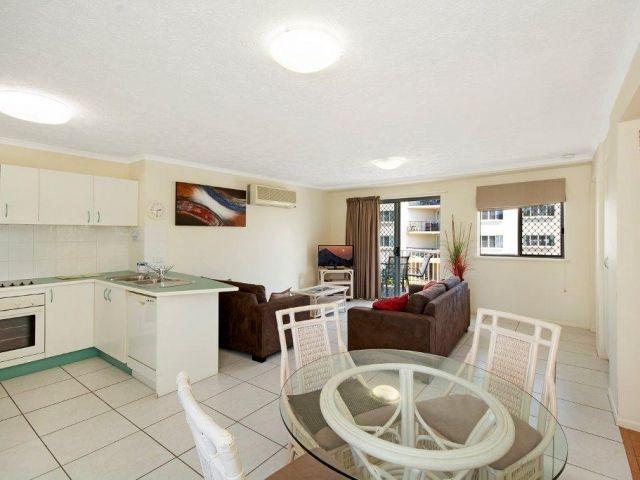 2bed-apartment-beachfront (8).jpg