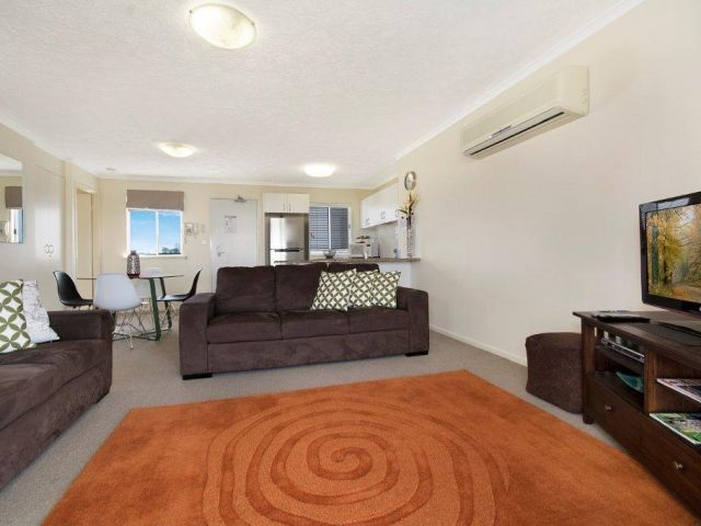 2bed-rooftop-accommodation-caloundra (3).jpg