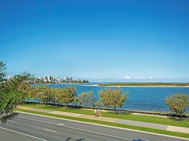 3bed-caloundra-accommodation (10).jpg