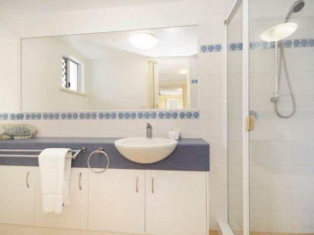 3bed-caloundra-accommodation (5).jpg