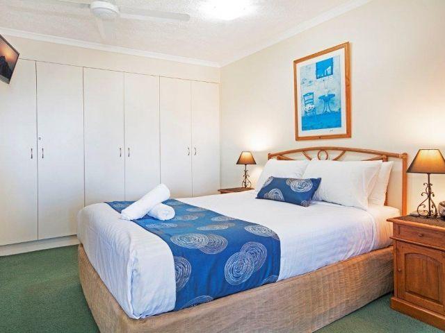 3bed-caloundra-accommodation (8).jpg