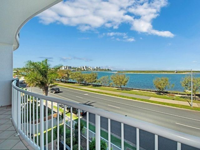 3bed-caloundra-accommodation (9).jpg